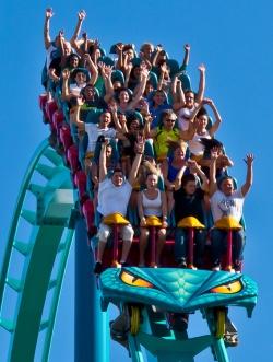 3 amusement parks canadas wonderland
